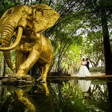 Wedding photographer Raymond Fuenmayor (raymondfuenmayor). Photo of 17.05.2019