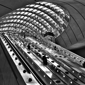canary wharf by Tyler Sleap - Buildings & Architecture Other Interior ( b&w, london, hdr, white, canary, underground, wharf, black )