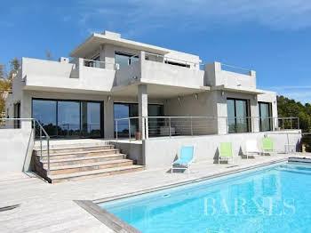 Villa 6 pièces 146,33 m2