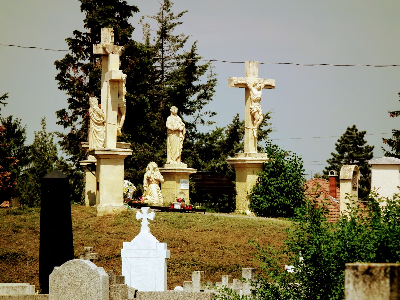 Dombóvár - kálvária a nagytemetőben