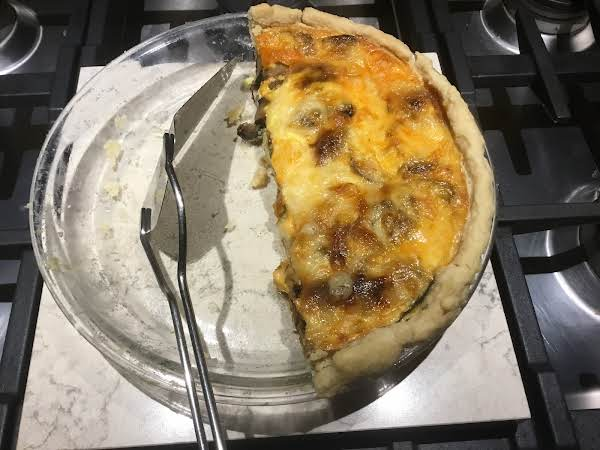 Amy's Mushroom, Caramelized Onion, Spinach & Swiss Quiche