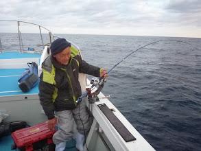 Photo: 「おーい!きたゾー!」 ・・・いーや、魚を見るまでわからん!・・・過去何回だまされたことか。