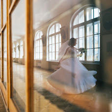 Wedding photographer Zhenya Vasilev (ilfordfan). Photo of 24.10.2017