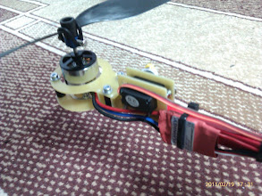 Photo: The finished tricopter: Tail assembly