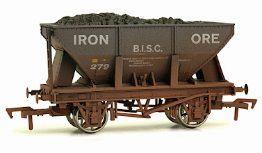 Photo: 4F-033-105  24T Ore Hopper
