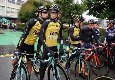 Nederlandse Jumbo geniet met de fiets in Mojacar