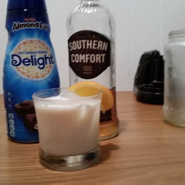 Southern Comfort Almond Joy Kicker Recipe