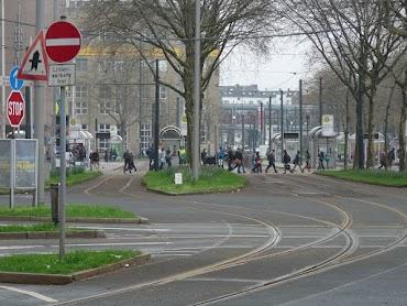 Vor dem Hauptbahnhof.