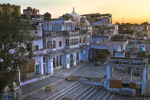 da qualche parte in India... di AdrianoPerelli