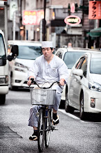 Photo: April 10, 2012 - Cycling chef