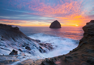 Photo: First off a big thanks to +Jeremy Cram for texting me last Friday and getting me to go with him to Cape Kiwanda, because of him I didn't miss this great sunset. Plus if you have to sit in a car for 4 hours to get a shot, he is a fun guy to do it with.  As a nice bonus we bumped in to +Ron Coscorrosa here and enjoyed sharing a splash zone with him for about an hour.  Thanks for looking!