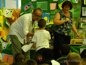 Photo: Paul Stickland Pop Up Workshops at Fairchildes Primary, Croydon