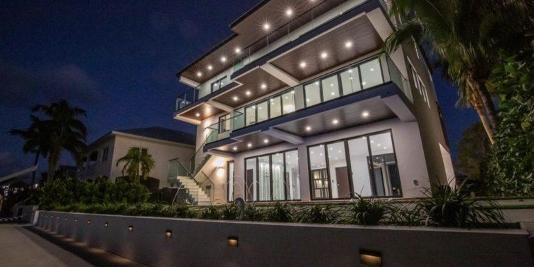 Another mansion – located in Islamorada, Florida was also sold using cryptocurrency in the late 2019.