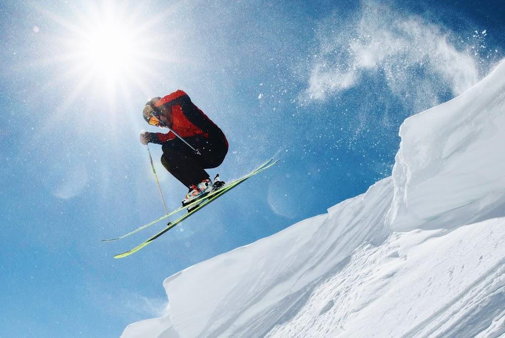 things-to-do-in-kullu-manali-Skiing