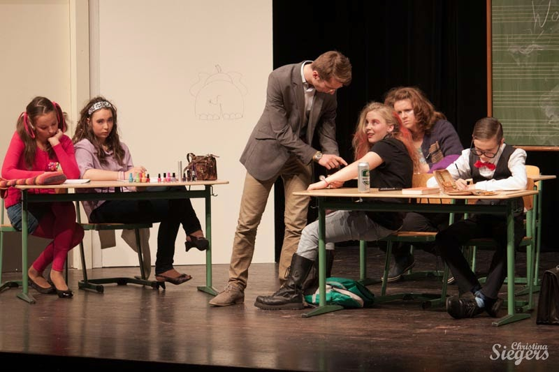 Nohsitten - Jugend-Theatertage 2013