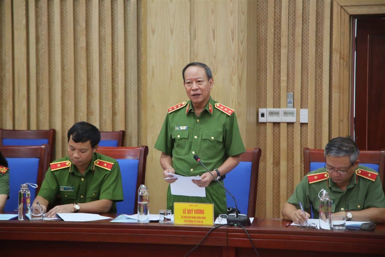 Thứ trưởng Lê Quý Vương, Ủy viên trung ương Đảng, Thứ trưởng bộ Công an phát biểu tại buổi làm việc