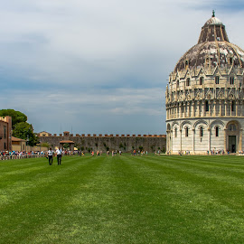 Vista at Pisa by Hariharan Venkatakrishnan - City,  Street & Park  Historic Districts
