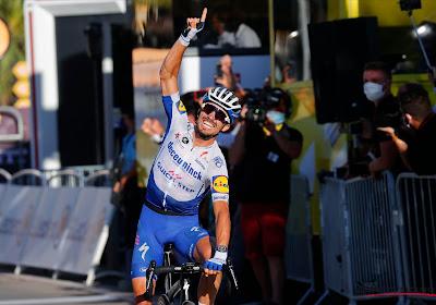 Julian Alaphilippe rijdt met opvallend accessoire in de Tour de France