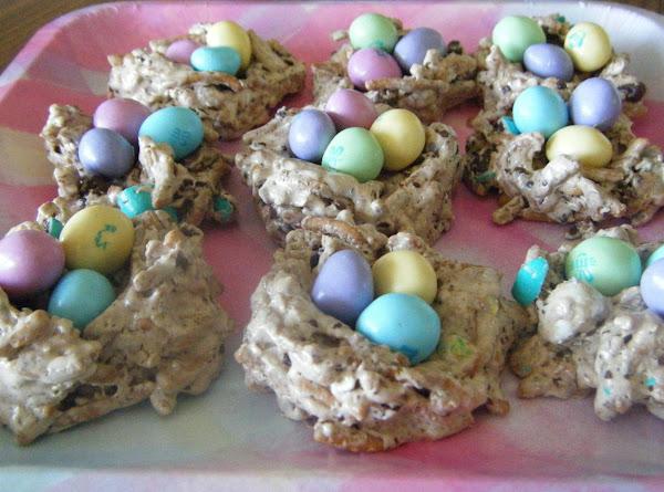 Easter M+m Crispy Bird Nest's Recipe