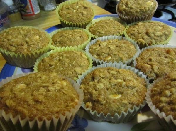 Cool a bit, peel off muffin paper, eat, enjoy!