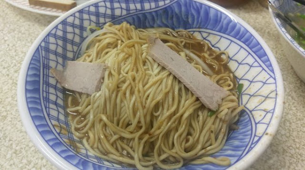 文璋陽春麵前鎮總店-從開門排到關門的50年老店/高雄陽春麵推薦