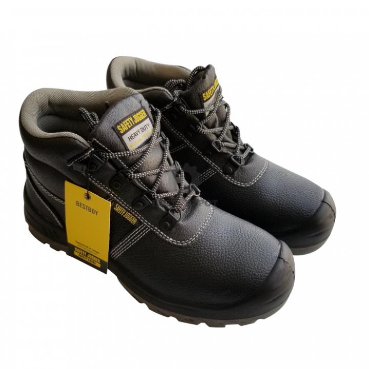 Kinh nghiệm mua giày bảo hộ lao động đạt chuẩn chất lượng cao