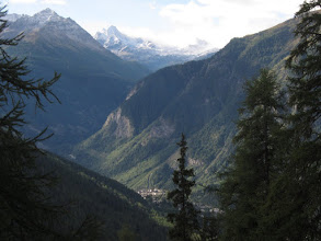 Photo: After a last glimpse of Courmayeur ...