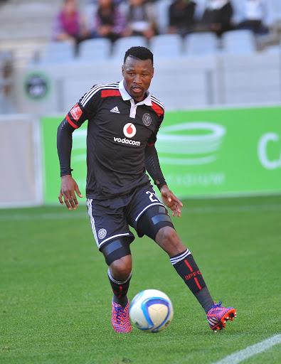Sangweni urges Mhlongo take early retirement on chin