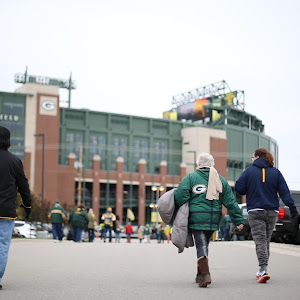 Milwaukee Brat House GameDay Lambeau