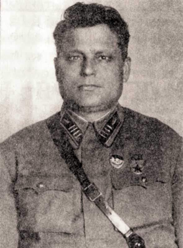 Зелинский В.П. - командир 24 тбр
