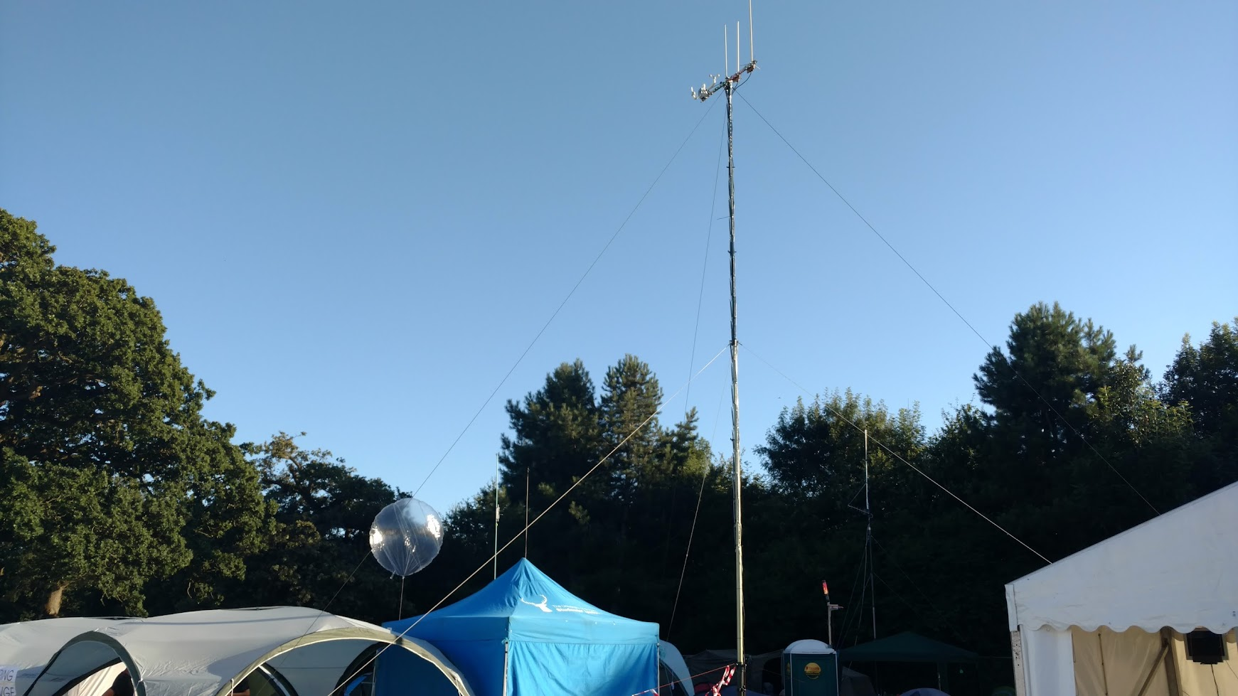 HABville's weather balloon tracking station