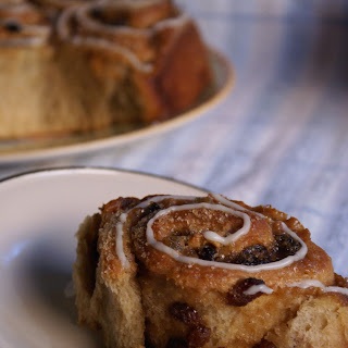Mulled Cider and Pear Chelsea Buns