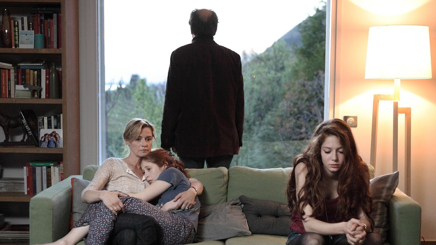 Watch The Returned live