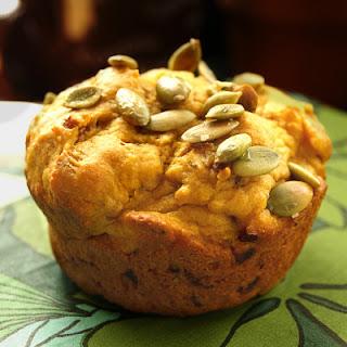 Savory Pumpkin-Caramelized Onion Muffins