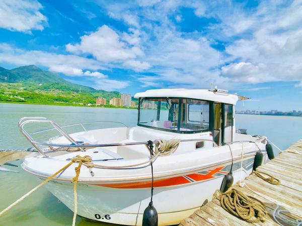 淡水河遊艇駕駛體驗