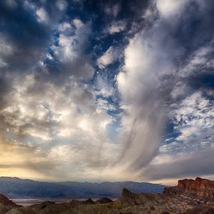 Sunset_Death_Valley.jpg