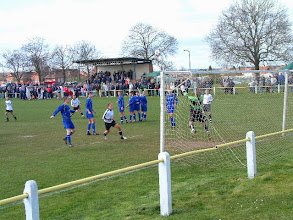 Photo: 14/04/06 v Askern Welfare (CMLP) 1-1 - contributed by Martin Wray