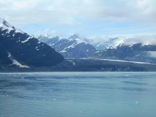 Hubbard.JPG - Hubbard glacier is jaw breakingly beautiful