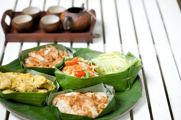 Enjoy a healthy Thai lunch
