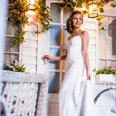 Wedding photographer Vladimir Bortnikov (Quatro). Photo of 25.06.2014