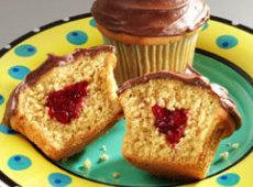 Peanut Butter & Jelly Cupcakes Recipe