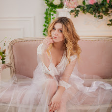 Wedding photographer Oksana Karpovich (Gaika). Photo of 18.02.2017