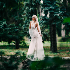 Wedding photographer Ekaterina Troyan (katetroyan). Photo of 24.11.2015