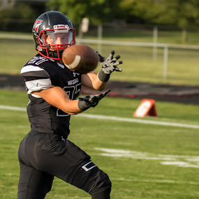 Eye on the Ball by Robert George - Sports & Fitness American and Canadian football (  )