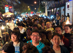 Photo: The smiles of Thailand at the Sunday night market.