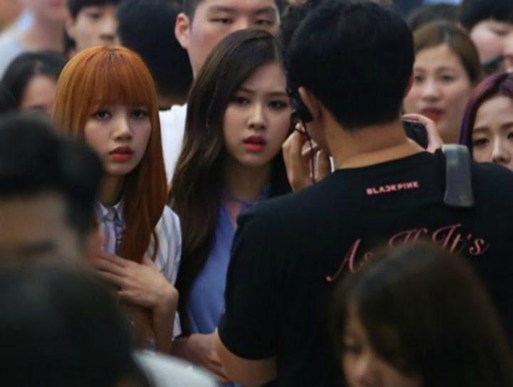 Fan Has A Seizure During BLACKPINK's First Fansign Event - Koreaboo