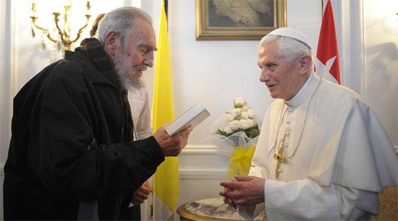 CẬP NHẬT: Ông Fidel Castro, nhà lãnh đạo cộng sản đã gặp gỡ ba Giáo hoàng, qua đời ở tuổi 90