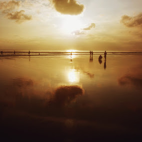 DoubleSix Beach, bali by Eka Tooleh - Landscapes Sunsets & Sunrises