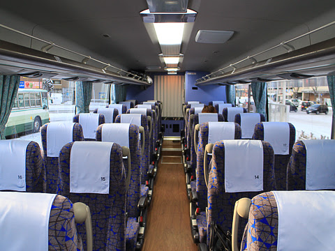 弘南バス「スカイ号」 1056 車内
