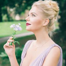 Wedding photographer Lola Alalykina (lolaalalykina). Photo of 14.01.2018